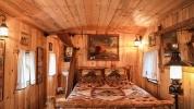 custom_home_nevada_city_-_lsci_king_residence_guest_house_11