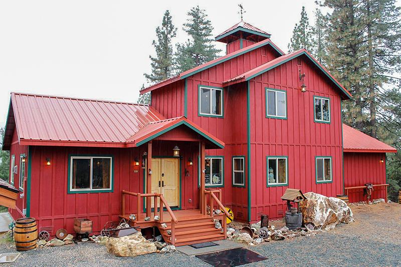 Custom Home Nevada City - LSCI King Residence